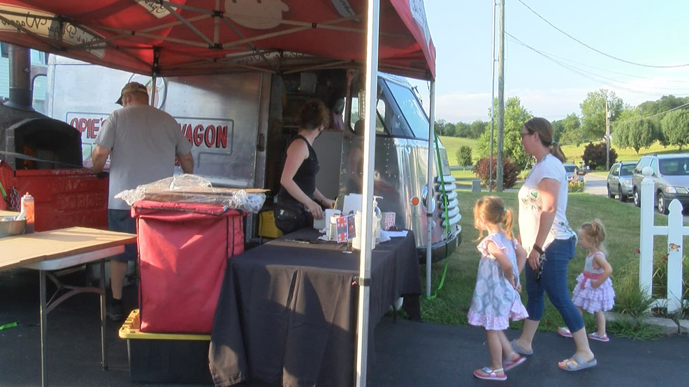 Food truck vendors adapt with COVID-19 event cancellations, park in neighborhoods